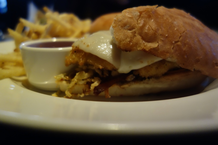 Chicken Schnitzel Sandwich at Yard House Chicago Photo: Amanda Elliott
