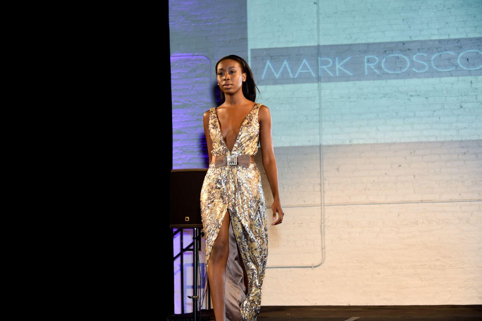 Dress at Chicago Fashion Loves Art Photo: Isabel Souza